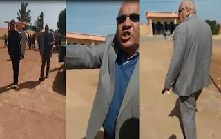 فيديو..رئيس جماعة يقتحم مؤسسة تعليمية ويهدد أستاذا بالتنقيل