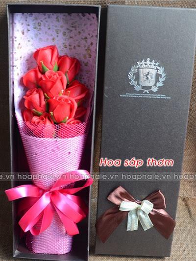 Hoa hong sap thom tai Nguyen Trung Truc
