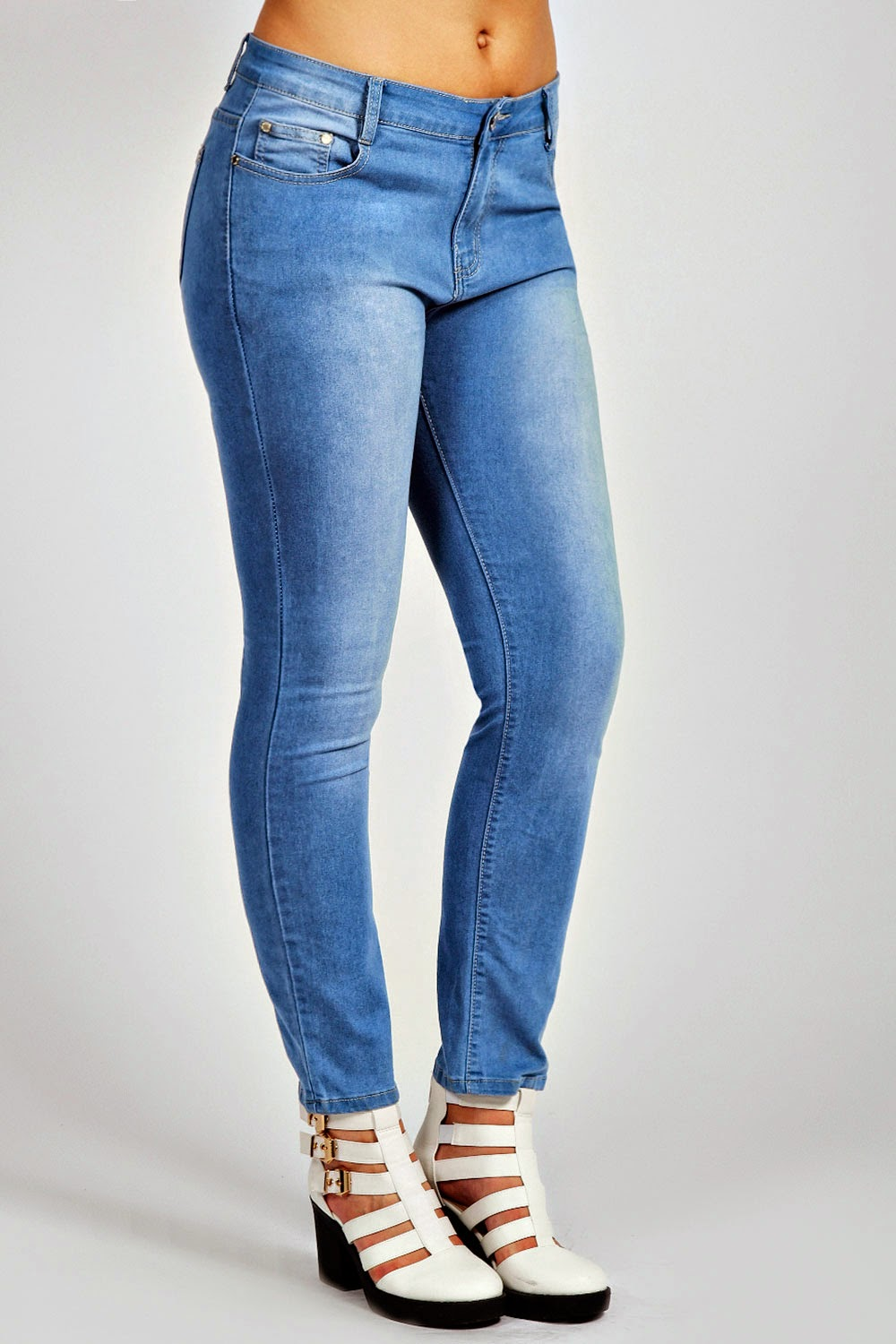 391a9d938c4b From what I've read in other bloggers reviews, boohoo plus sizes are rather  un-generous. If these are anything to go by then that is correct.