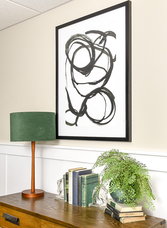 anchor entry table with artwork