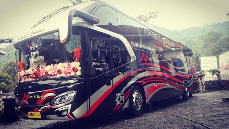 Rencanakan Perjalanan Anda Dengan Sewa Bus Marc Holiday
