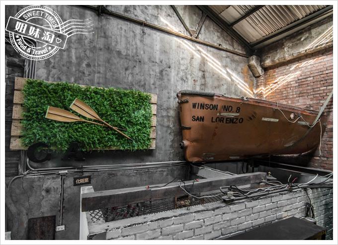 高雄CA Craftage木創設計倉庫-老件/傢俱/原木-建築師導演室內設計師尋找擺飾裝潢歐洲老件的好地方
