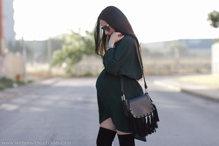 Blogger influencer embarazada con ideas para vestir sin gastar dinero