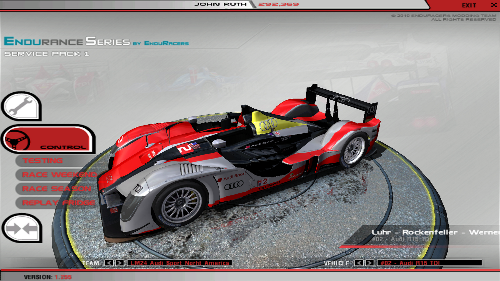 Racescreens: GT2 Addon, R15 skins (by me) and Mazda Furai