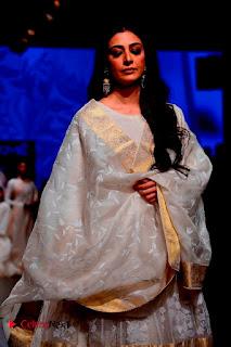 Actress Tabu Walk on Ramp for Gaurang Shah at Lakme Fashion Week  0002.jpg