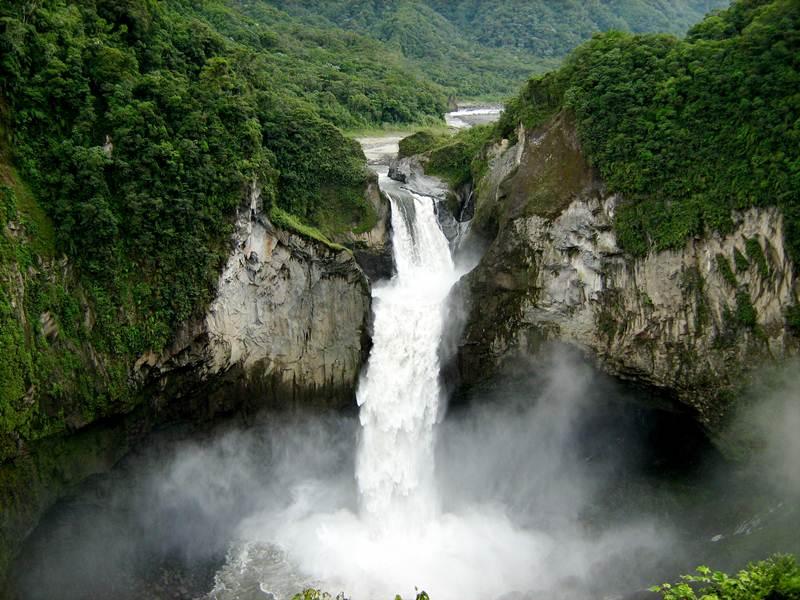 baeza ecuador una ciudad fundada por un baezano
