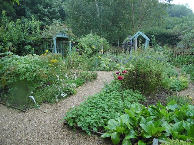 Artisan's Cottage Garden