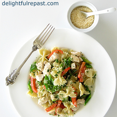 Pasta with Chicken and Spring Vegetables / www.delightfulrepast.com