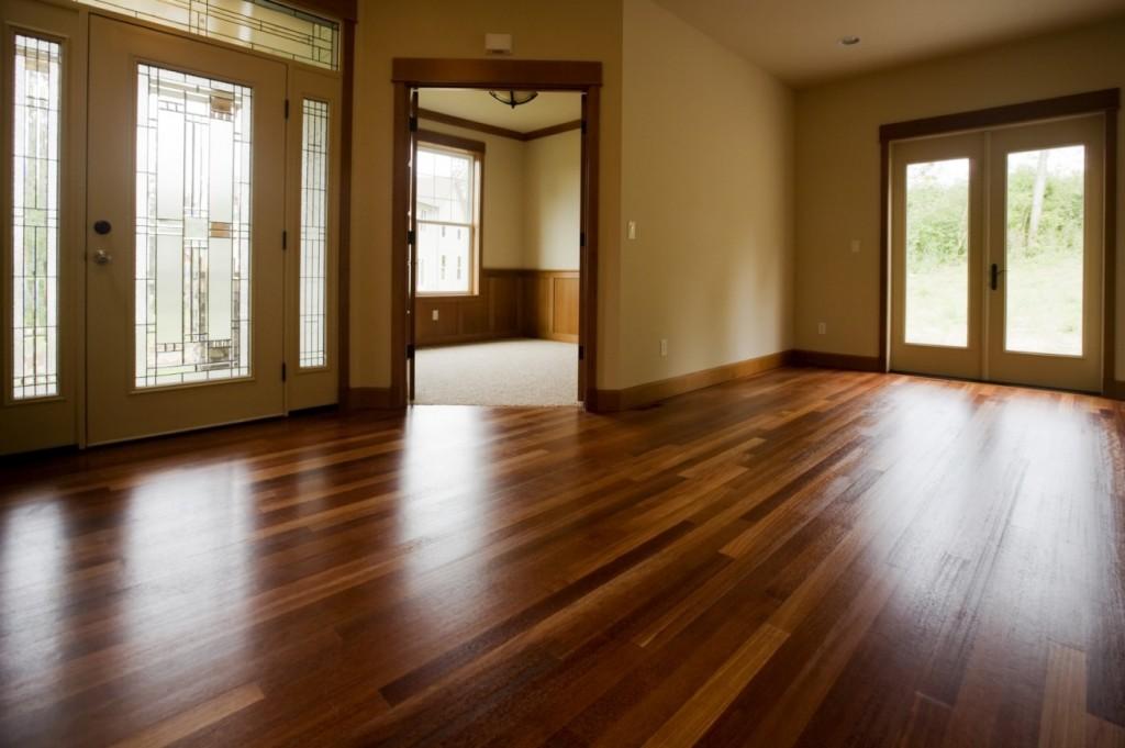 Modern Laminate Floor Design with Contemporary Interiors ...