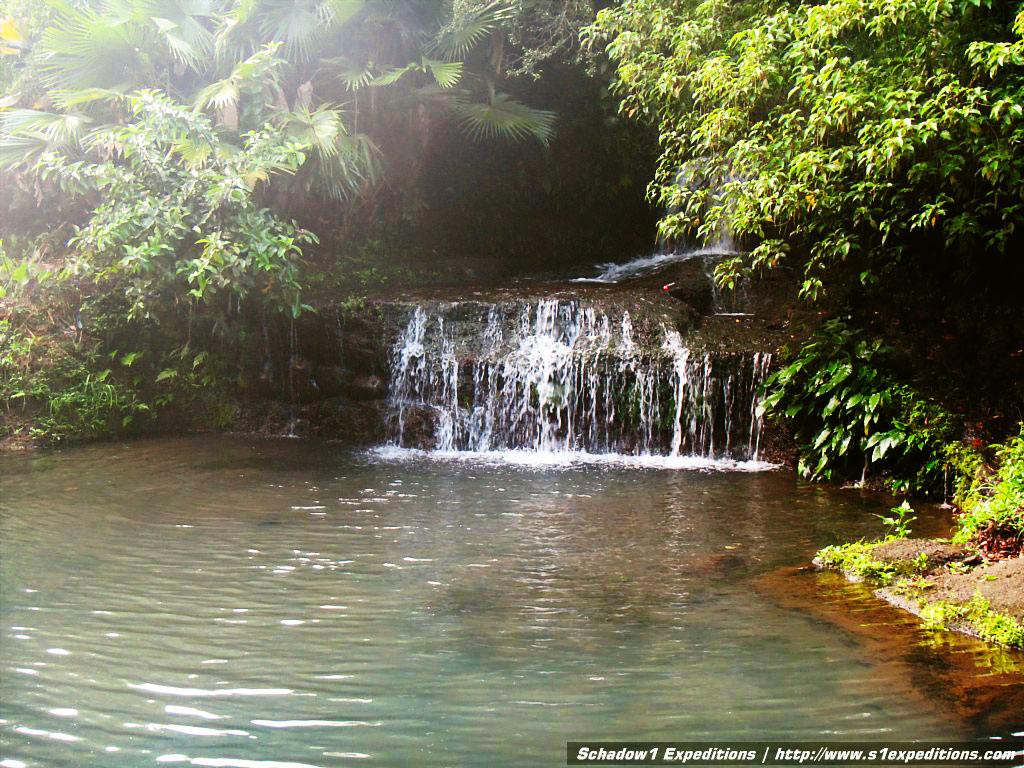 Balite Falls A Waterfall At The Middle Of Cavite S