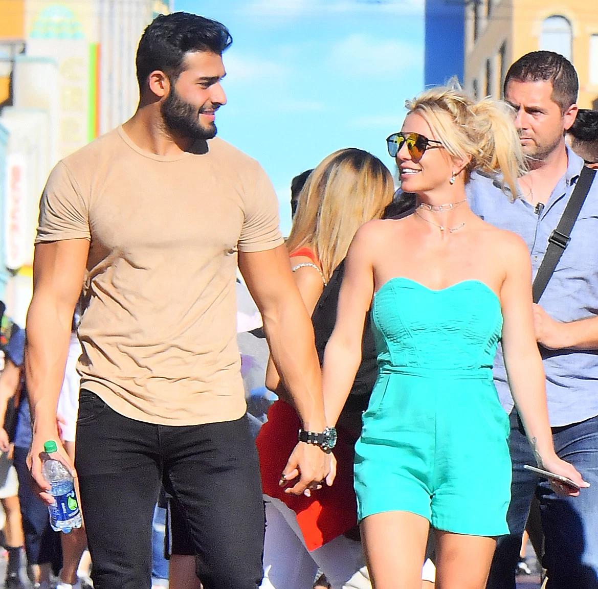 Namorado de Britney Spears, Sam Asghari, vem ao Brasil para evento em SP      Acesso Cultural