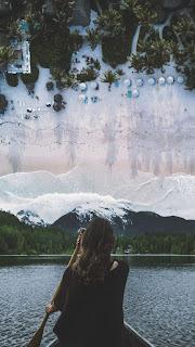 Girls at Ocean Mobile HD Wallpaper