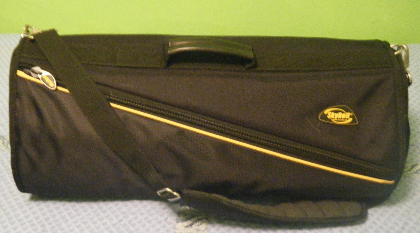 Review Skyroll Garment Bag Shereen Travels