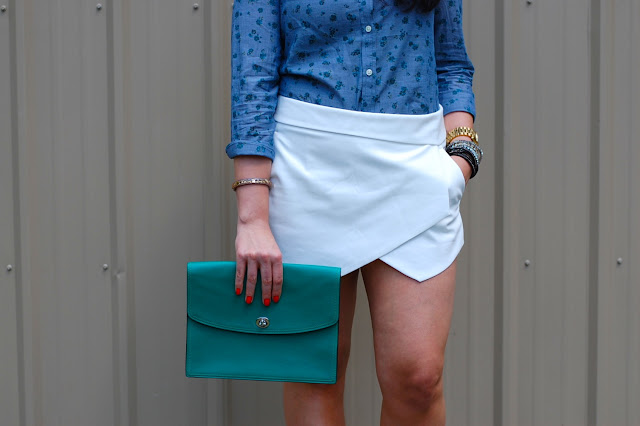 Old Navy floral blouse, Zara white skort, Coach Legacy clutch, Louis Vuitton bangle, white leather Topshop heels