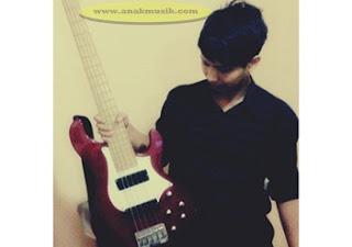 8 Tips Memilih Gitar Bass Yang Baik dan Berkualitas