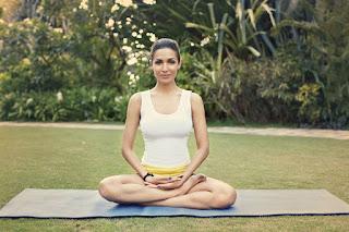 Malaika Arora Khan Yoga Pose.jpg
