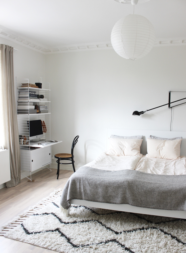 Scandinavian bedroom interior via Scandinavian Love Song