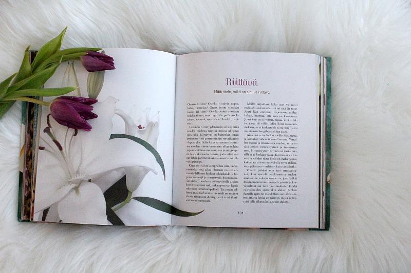Hyvän Elämän Reseptit kirja