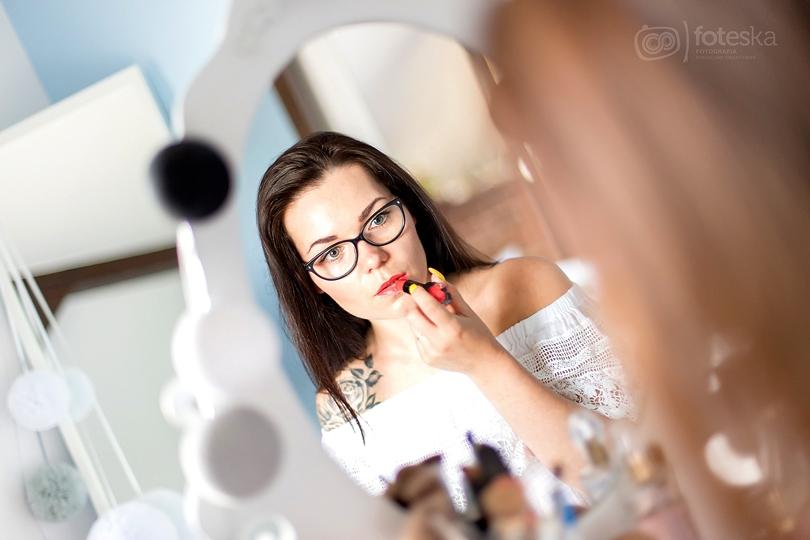 koralowe, brzoskwiniowe, pomadki, pomadka, make up, beauty, mememe, bourjois, appechissant, tuscan red, pamplemousse, rouge edition, sleek,guest list, lips, czerwone usta,