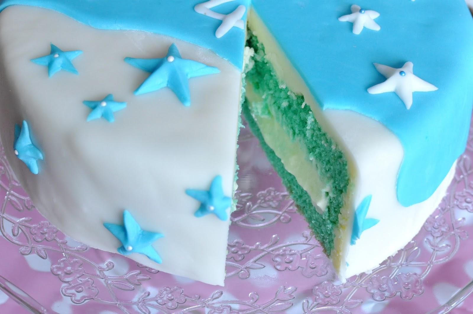 So Gelingt Die Frozen Elsa Torte Aus Fondant Fur Das Geburtstagskind