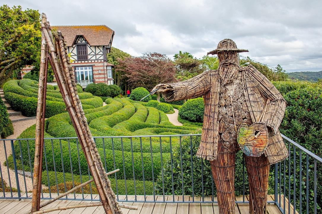 look-casual-jean-jardins-etretat