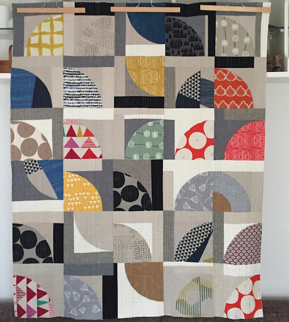 Inspiration blog post series - Quarter circles linen quilt by Sarah Hibbert