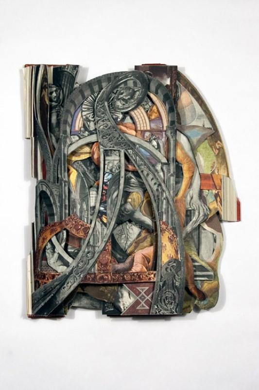 Скульптуры из книг. Brian Dettmer 20