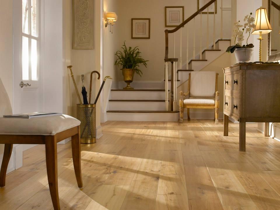 Blonde hardwood floors — photo 3