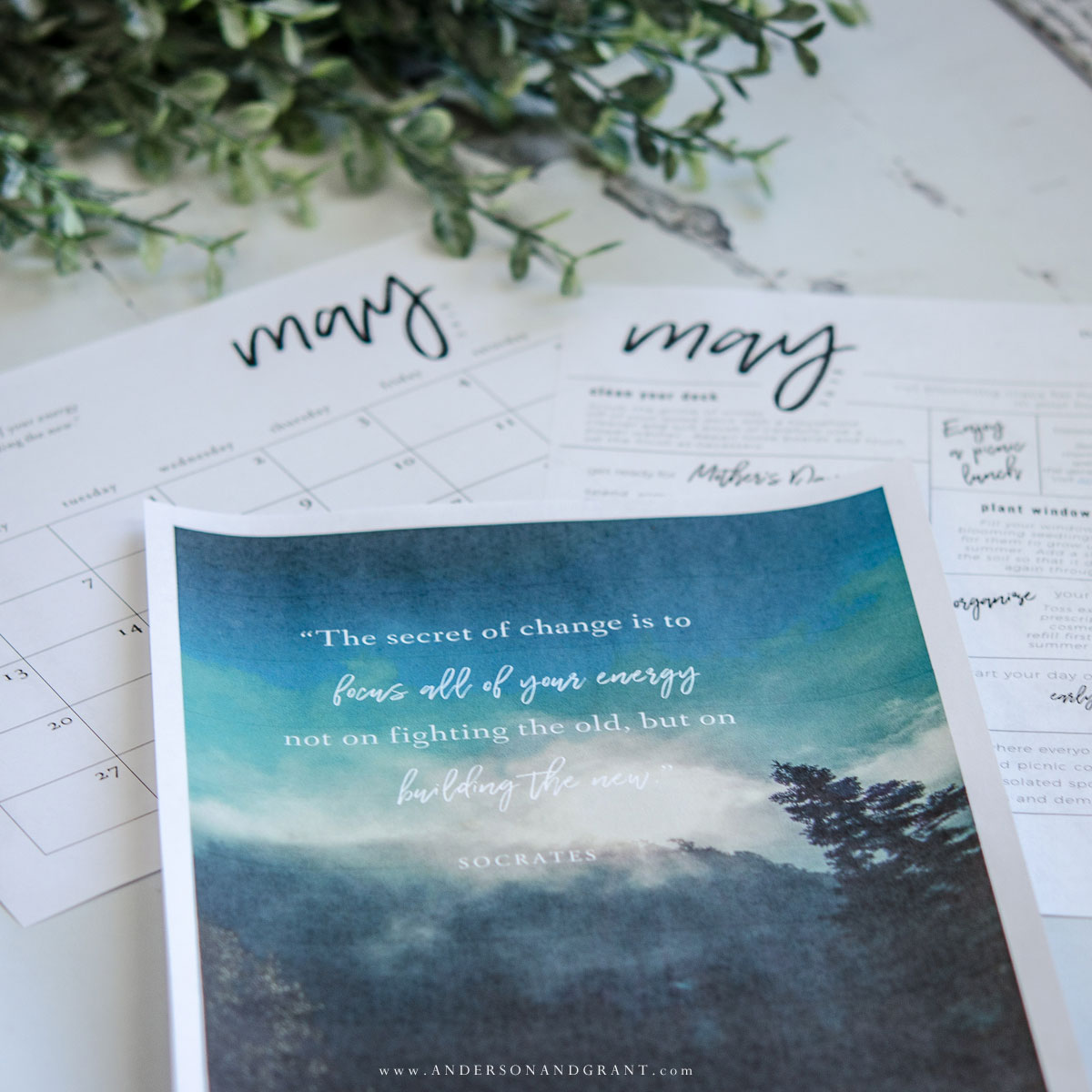 These free printables will keep you organized and inspired each month. #freeprintable #printable #printablecalendar #andersonandgrant