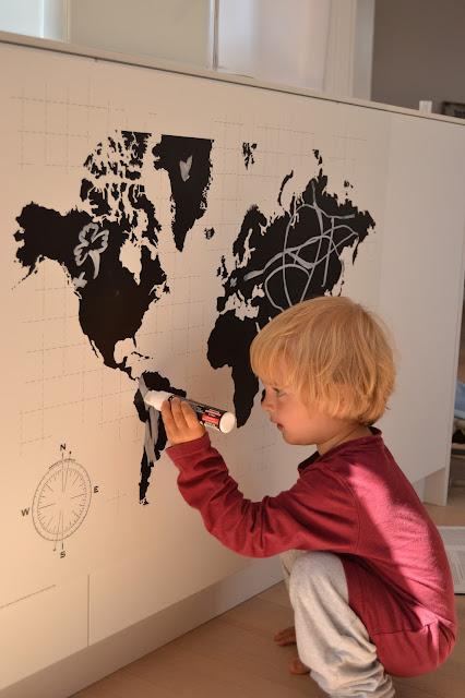 Mapa světa v kuchyni