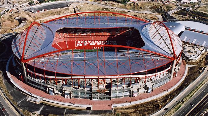 Referência para o Engenhão, Estádio da Luz não teve erros na cobertura