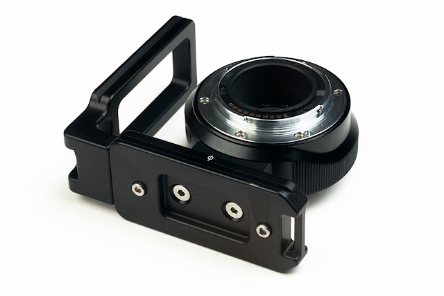 Hejnar Photo full Metabones L Bracket mounted on Adapter bottom view