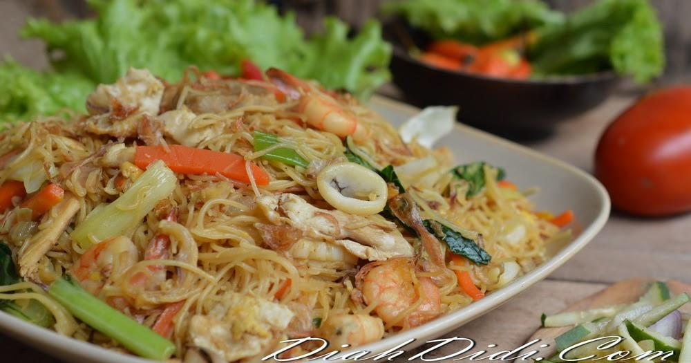 Diah Didi's Kitchen: Bihun Goreng Seafood