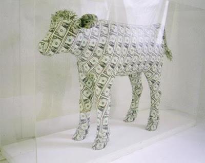 Arte y origami con dolares