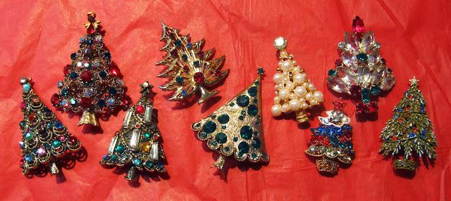 Vintage Christmas Tree Brooches Pins