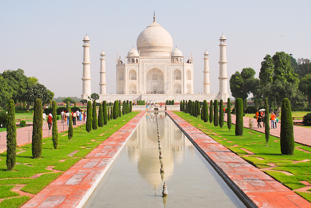 Taj Mahal 2006