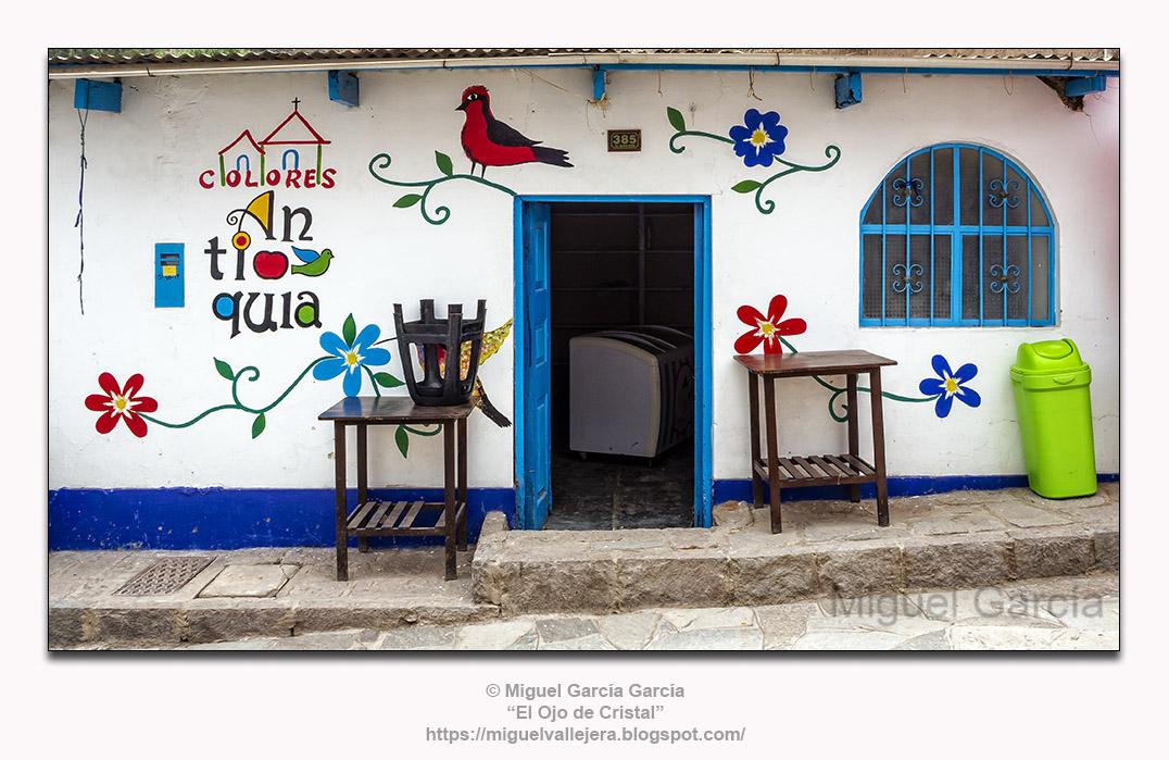 Antioquía, Huarochirí (Perú). Colores para Antioquía