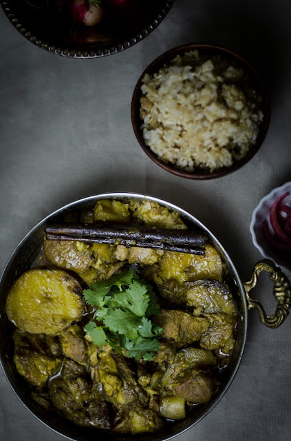 Burmese pork and potato curry