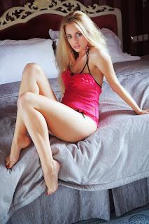 野性女同志 - Jennifer%2BMackay-S02-003.jpg