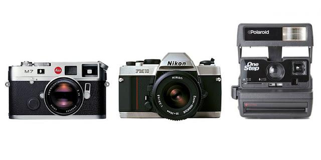 Contoh kamera film modern. Dari kiri ke kanan: Leica M7 (rangefinder), Nikon FM10 (SLR), dan Polaroid 600 (kamera instan). (Leica, Nikon, Polaroid)