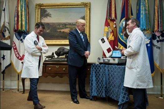 Presidenti Donald Trump i nënshtrohet analizave shëndetësore fizike; del në rregull por Obez