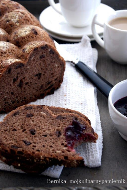 chleb, bernika, pieczywo, kulinarny pamietnik, czekolada, snaidanie