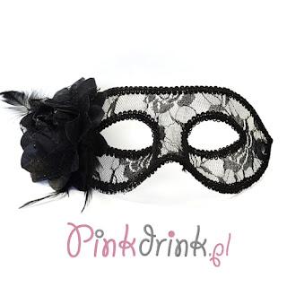 Tajemnicza maska z różą - świetny wybór na panieński!