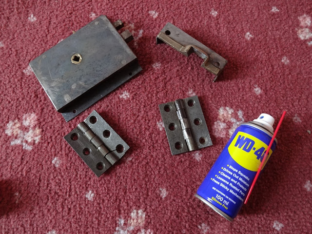 cleaning up victorian door furniture