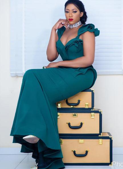 Rukky Sanda looks flawless in beautiful dress