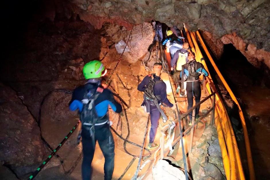 resgate da caverna na Tailândia