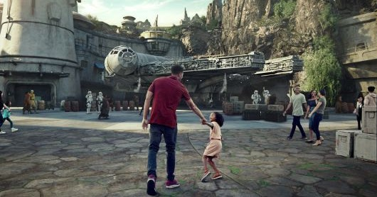 Star Wars Galaxy's Edge Reservations On Sale May 2nd