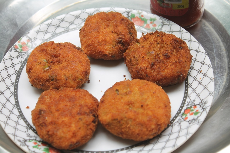 Bakery style vegetable cutlets recipe veg cutlets recipe yummy tummy bakery style vegetable cutlets recipe veg cutlets recipe forumfinder Gallery