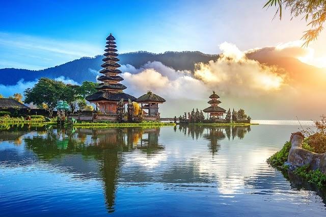 Wisata Pura Ulun Danu Baratan Bali