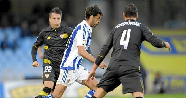 La Real Sociedad arrancó la era de Eusebio Sacristán en el banquillo con  buen pie tras vencer por 2-0 a un Sevilla que cometió dos errores brutales  en ... 295dc18091e17
